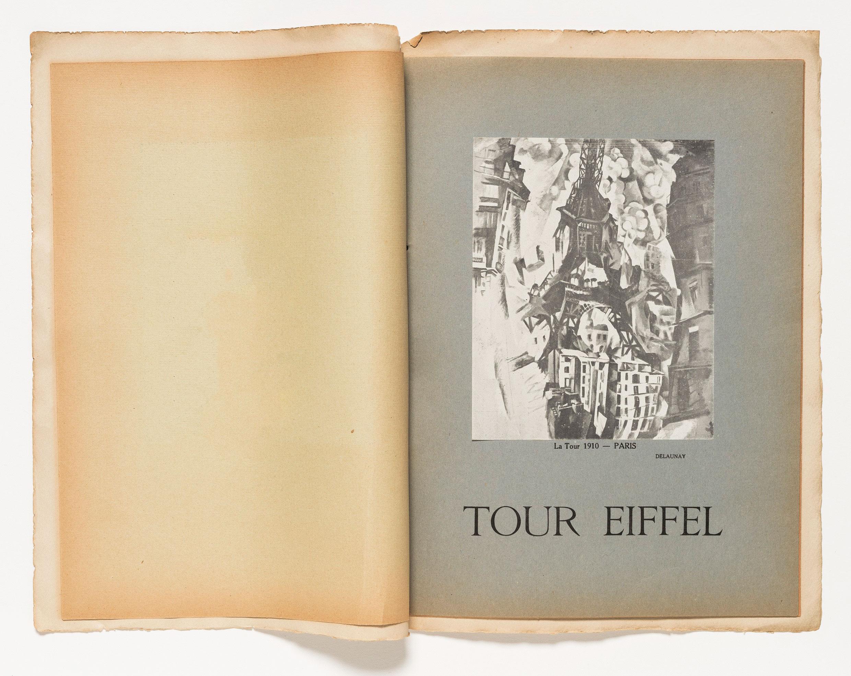El frontispicio de Tour Eiffel (1918) presenta una pintura de la serie del mismo nombre de Robert Delaunay.  Colecciones especiales de la Biblioteca Guggenheim.  Foto: Kristopher McKay